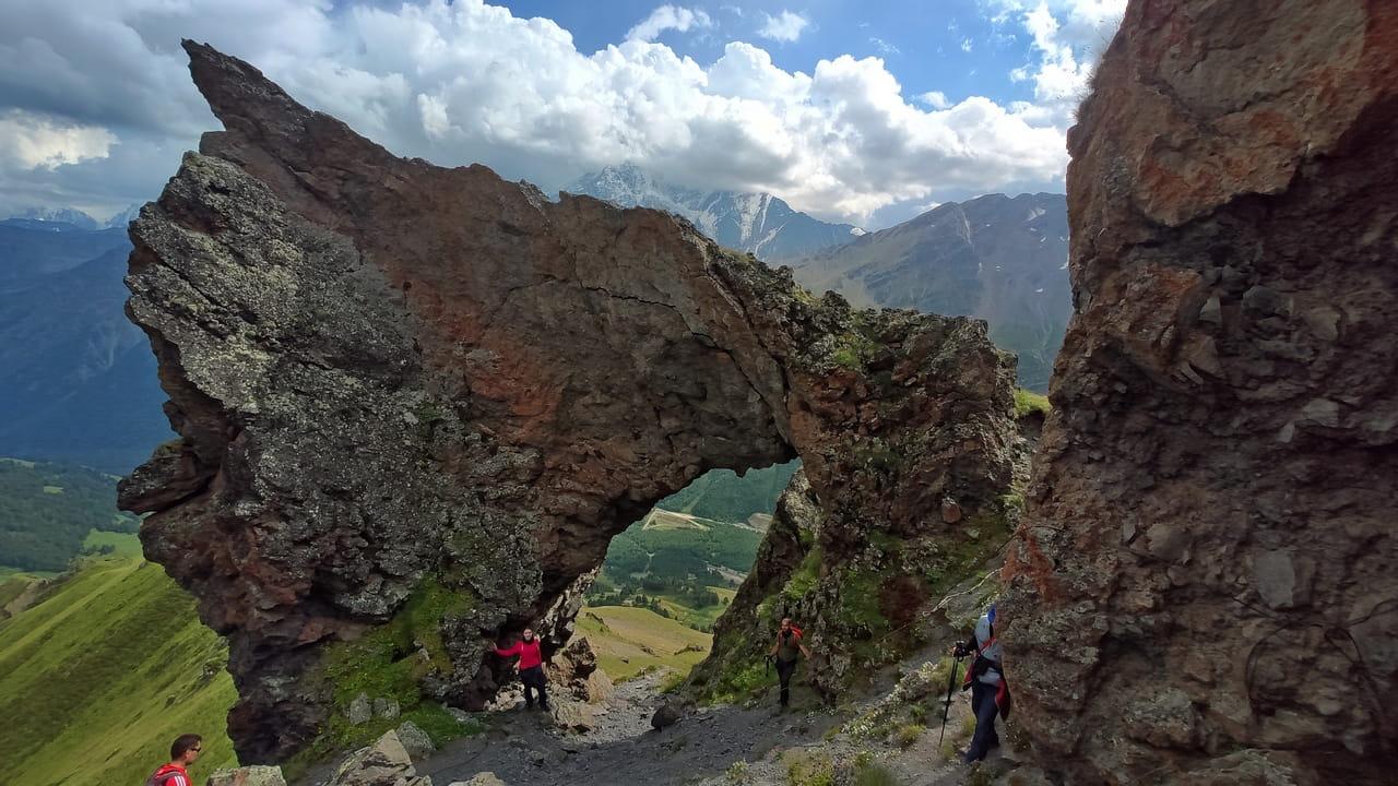 Скальная арка